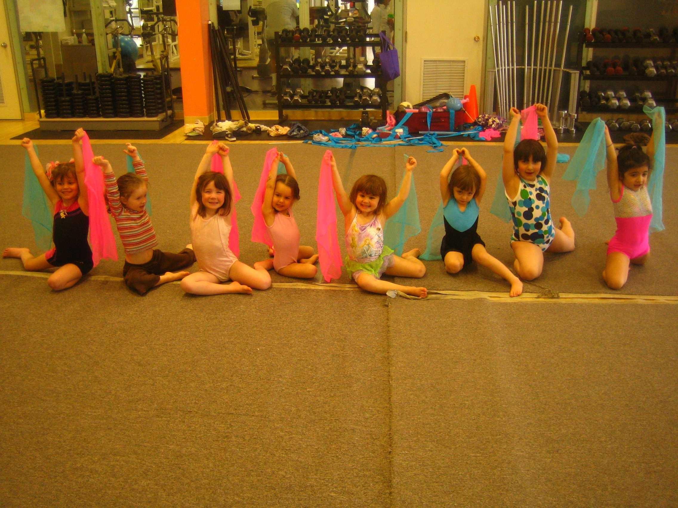 Эротические упражнения на растяжку 7 фотография